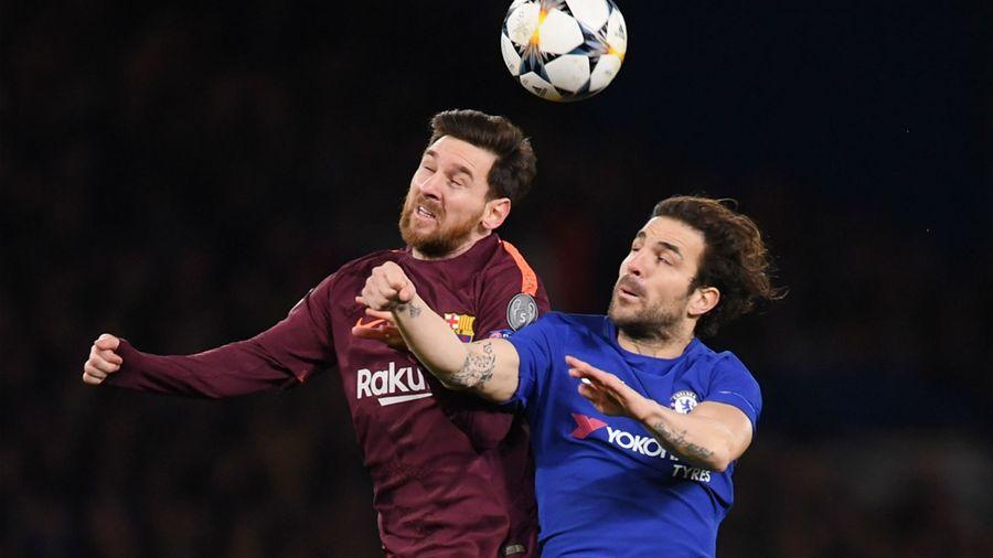 Фабрегас пнул мячом в виллиана