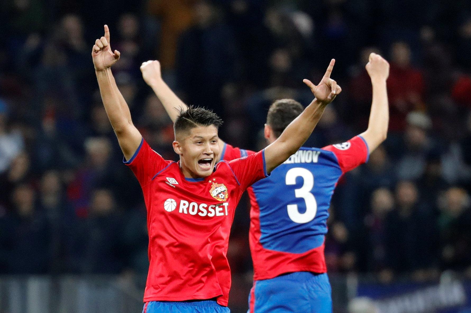 Сколько зарабатывают русские футболисты читайте на chelseablues.ru