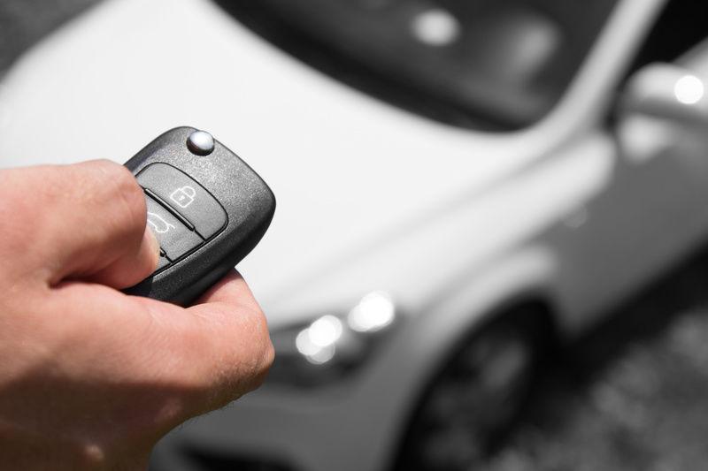 Установка автомобильной сигнализации