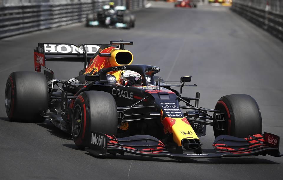 Макс Ферстаппен выиграл гонку Гран-при Монако и вышел в лидеры чемпионата