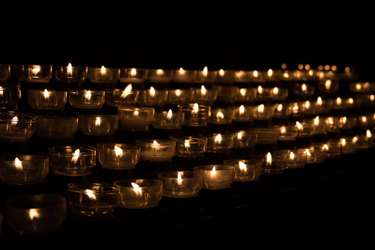 Гражданская панихида на похороны в Нижнем Новгороде: что это означает?