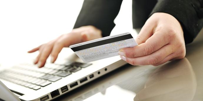 Почему стоит оформить займ через Интернет?