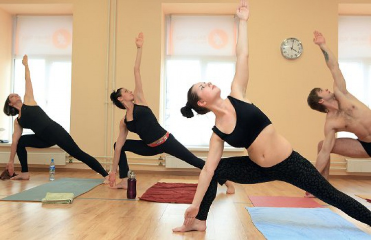 Бикрам йоги