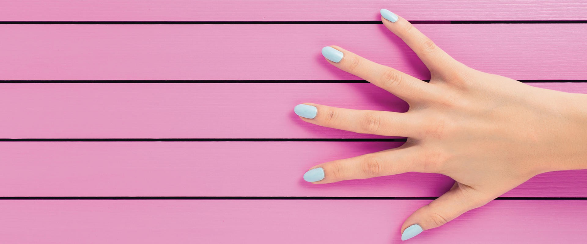 Что нужно купить nail-мастеру для работы: полный список необходимых принадлежностей
