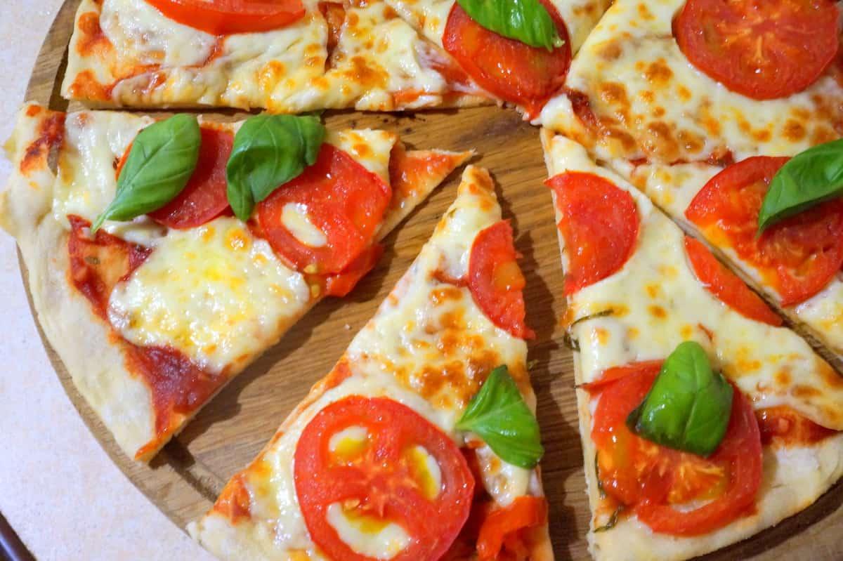 Где лучше заказать доставку пиццы в Сарапуле ?