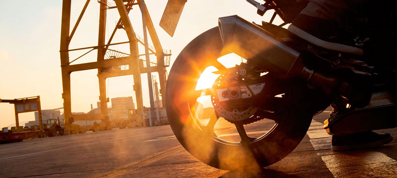 Мотосалон BMW