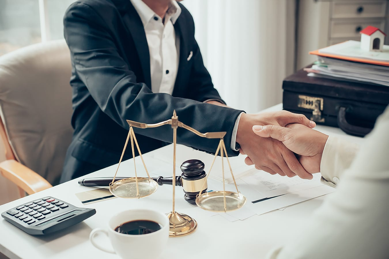Юридическая помощь физическим лицам